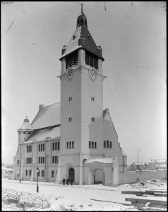 Recently_built_St._Matthew's_Church_in_Stockholm_1903