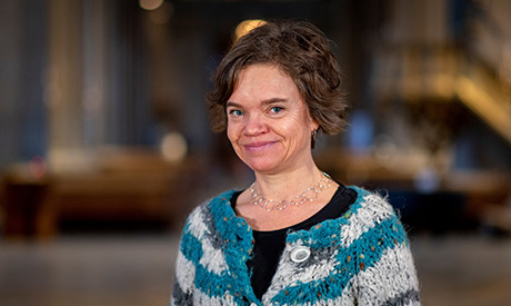 Sara Michelin är organist i Linköpings domkyrka och en av initiativtagarna till Bachmaratonet. Foto: Axel Arkstål