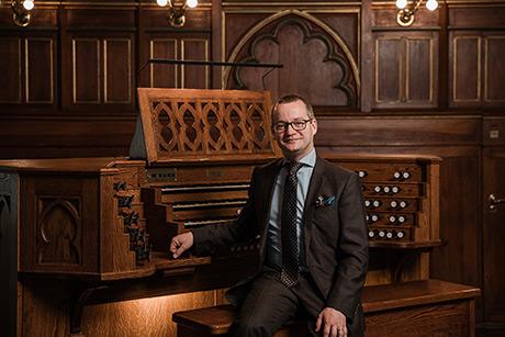 Johan Hammarström är idag organist i Västerås domkyrkoförsamling. Foto: Henrik Mill
